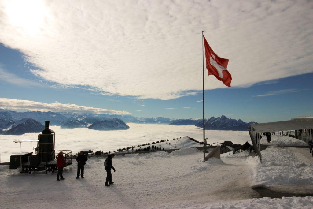 Este es un resumen de las diez compañías más grandes de Suiza por ventas