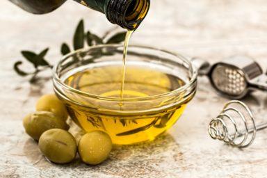 Dies ist eine Auflistung und Beschreibung der zehn wertmäßig größten Olivenölexporteure nach Land